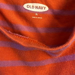 Old Navy Lavender and Coral Crew